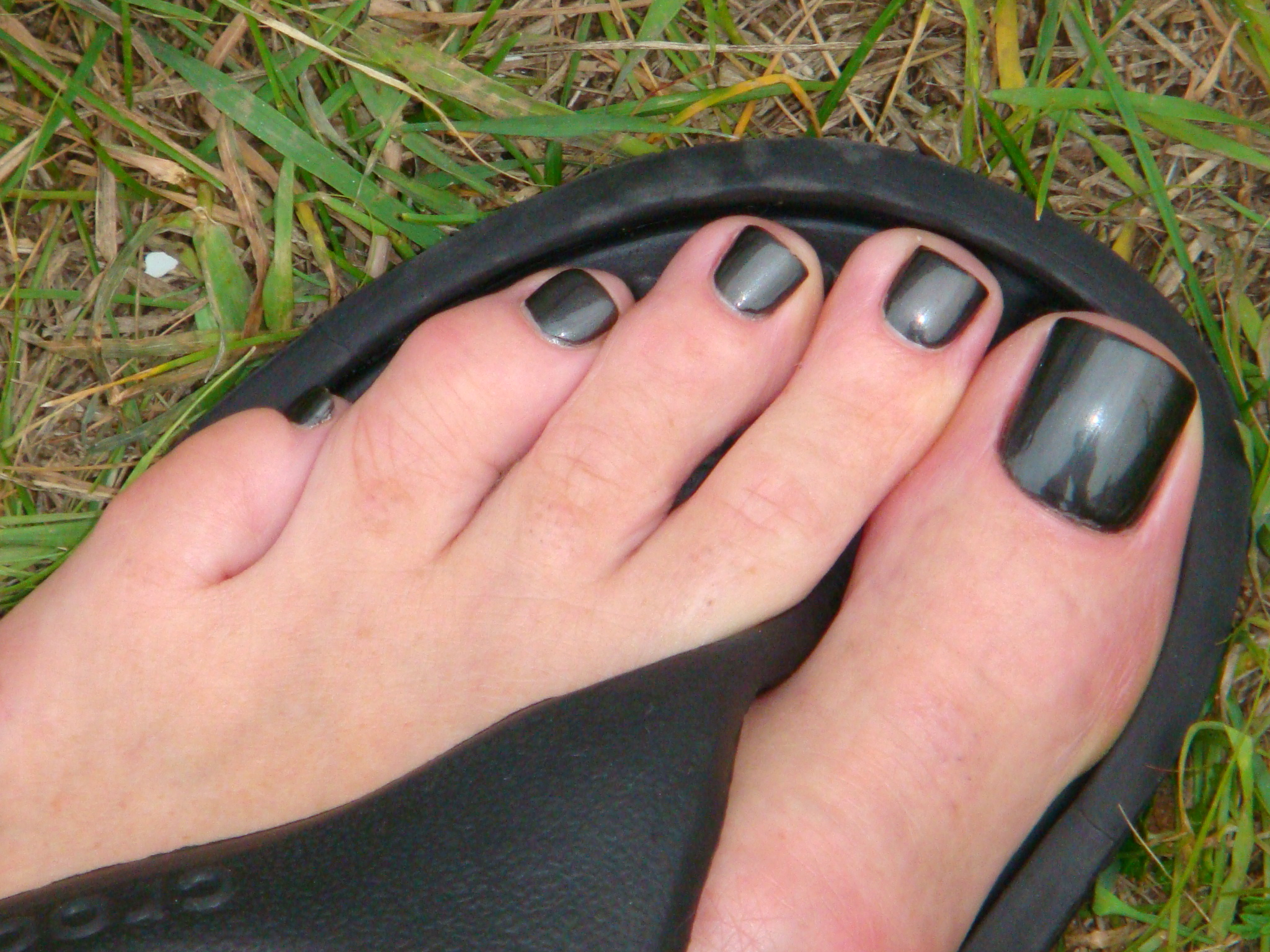 Nail Polish On Mens Toes Hession Hairdressing