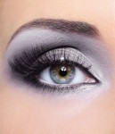 Natural mineral eye shadow